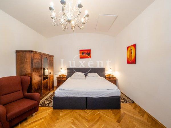 Pronájem bytu 1+1, 45 m2, Praha 1 – Staré Město