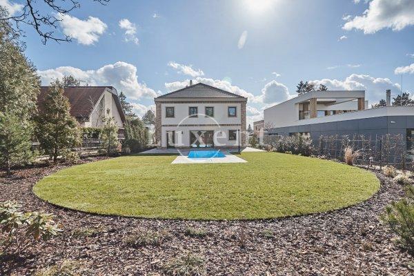 Prodej rodinného domu 7+kk/T/G, 271 m2, na poz. 95