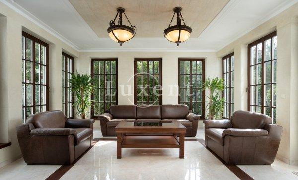 Prodej firemního sídla 7+1/T, 598 m2, poz. 1197 m2